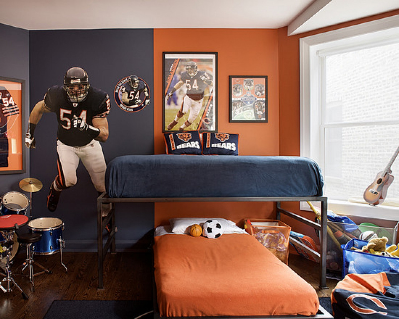 phong cách phòng ngủ với tường sơn một nửa